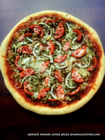 Spinach, Tomato and Onion Pizza